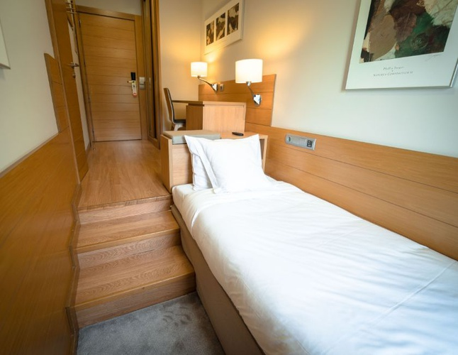 Single room montarto hotel baqueira beret
